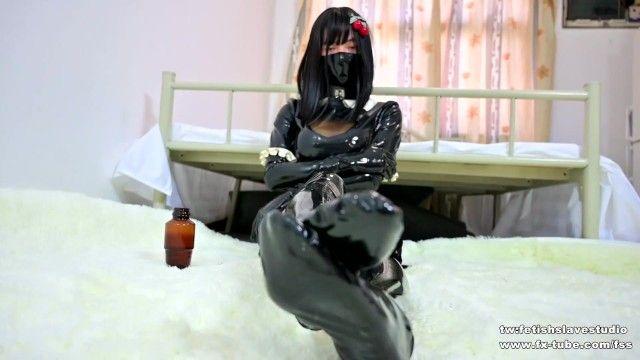 Fx-tube com/fss oriental cute latex maid drubbing femdom fetish