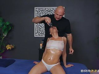 Rachel starr acquires stuffed by the masseur