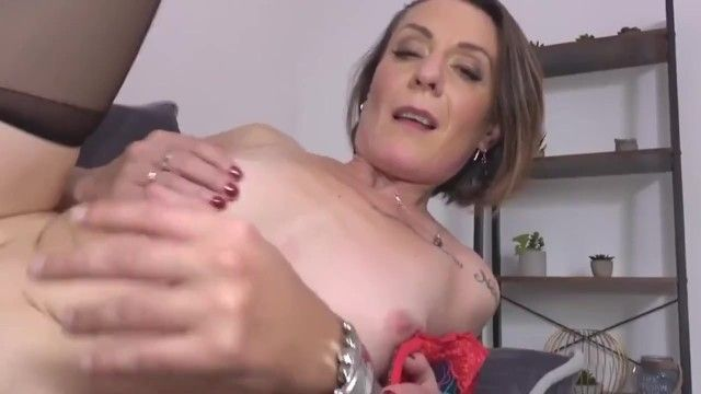 Wicked mama ania acquires youthful dong in all holes