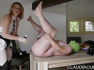 Maitresse claudiacuir dominatrice godeuse episode sado maso sm