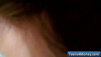 Le adolescenti adorano i contanti - www.teens4money.com scena del film in tubo 04