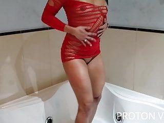 Pompaggio anale della pornostar brasiliana bianca naldy su hawt tube