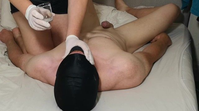 Beta hubby sucks my toes whilst i ruin his orgasms and feed him ball batter