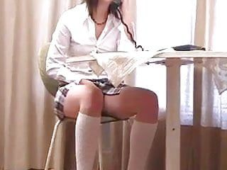 Gal receive spanked by ohn sister