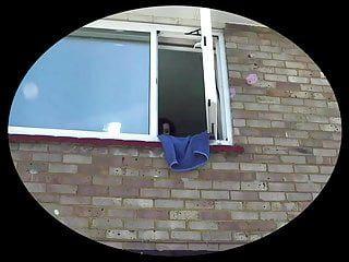 Spogliato Doxy Pissing in tutta la finestra