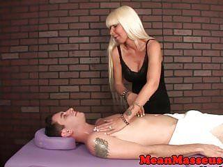 Slavemaster milf masseuse roping balls and schlong