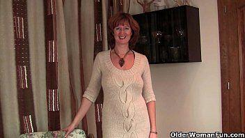 British milf liddy undresses off and shows her older camel toe
