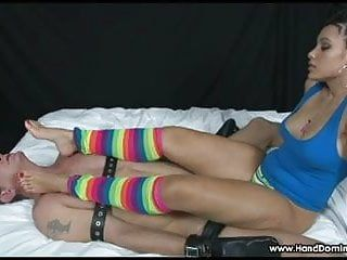 Slaver latin princess makes bondman worship her feet