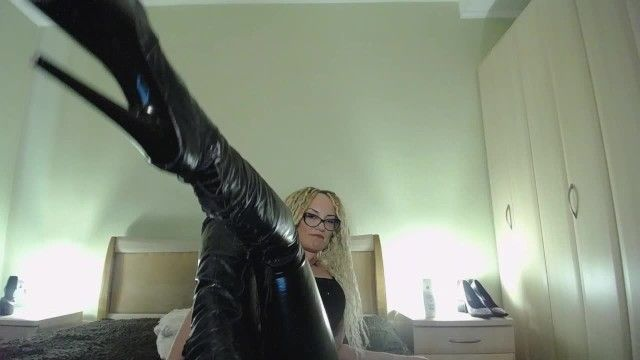 Looser humiliation take up with the tongue boots