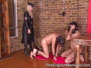 Compulsory to engulf human pets knob by leather domina