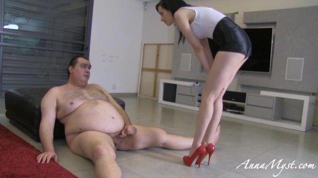 Dominatrix-bitch anna abuse her obese villein