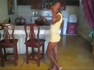 Questi hawt brasiliani scopano il tubo non nudo