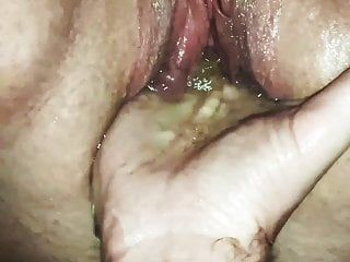 Fisted and squirting betty with tied love muffins