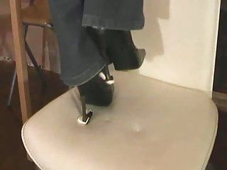 Lady danira - evil high heel castigation