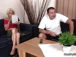 Mio padre sbatte la mia ragazza