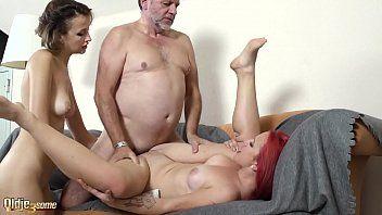 Nonno bonks hawt adolescenti in età legale dà em ammirevole flusso di sperma facciale