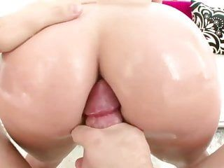 Glamorous a-hole kelly divine cant live without doggy style
