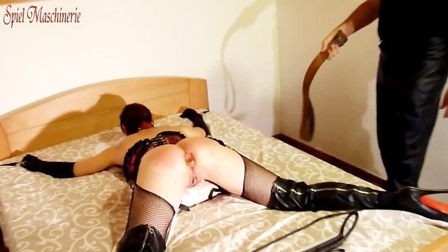 Hard whipping strapping widen eagle plugged and wang gagged floozy